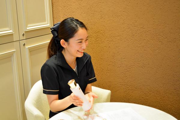 ノエビアスタイル銀座美容部員・化粧品販売員正社員の求人のスタッフ写真2