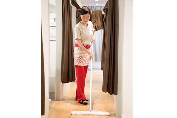 銀座カラー 銀座本店エステ・エステティシャン正社員の求人のスタッフ写真4