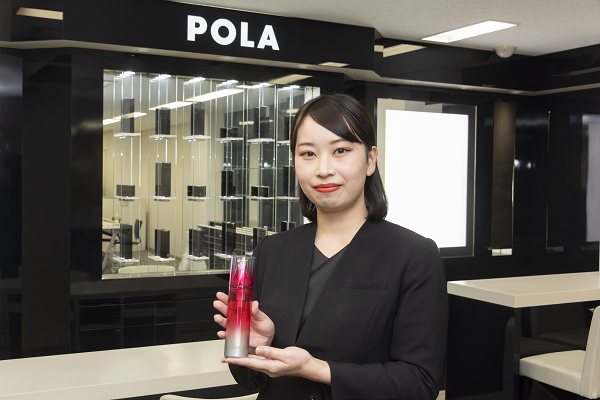 POLA 梅田阪急店など美容部員・BA(百貨店ビューティーコーディネーター)契約社員の求人の写真