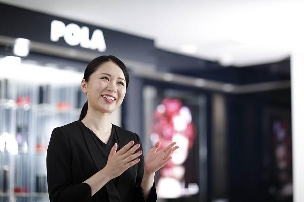 POLA 西武渋谷店美容部員・BA(百貨店ビューティーコーディネーター)契約社員の求人のスタッフ写真1