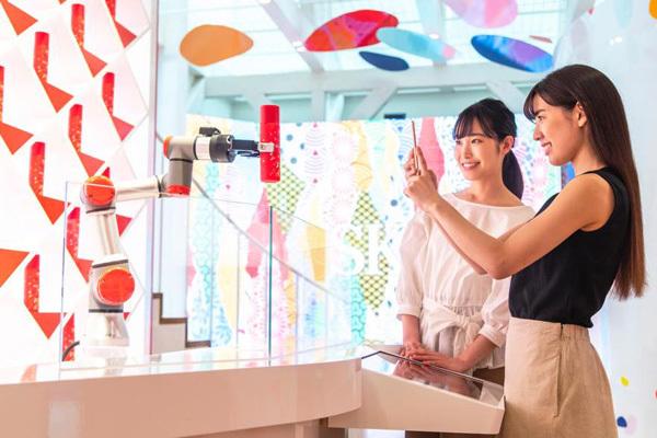 SK-II 新宿・渋谷・青山・六本木エリアの百貨店・化粧品専門店・ドラッグストア・GMSなど化粧品業界の営業・スーパーバイザー(SK-II ストアマネージャー)正社員の求人のスタッフ写真2