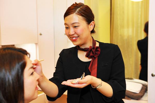 アナスタシア 東京エリアアイリスト(アイブロウスペシャリスト)正社員の求人のスタッフ写真3
