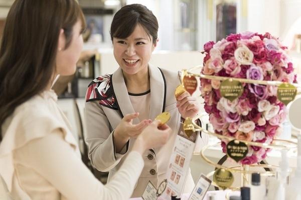 パウダーパレット札幌オーロラタウン店美容部員・化粧品販売員(アテンダントスタッフ)正社員,契約社員の求人の写真