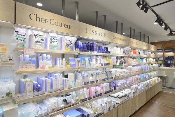 @cosme store 上野マルイ店美容部員・化粧品販売員(ビューティカウンセラー(未経験OK)※首都圏・関西)契約社員の求人の店内写真5