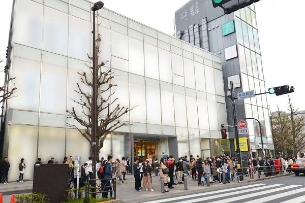@cosme TOKYO(2019年内オープン予定)美容部員・BA(ビューティカウンセラー ※未経験OK 経験者優遇!)正社員,契約社員の求人の店内写真1