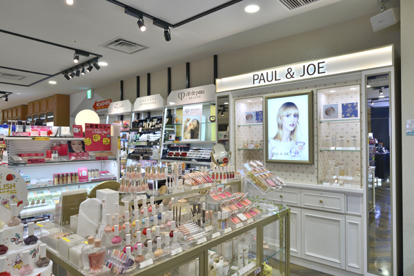 @cosme store 上野マルイ店美容部員・化粧品販売員(ビューティカウンセラー ※未経験OK)契約社員,契約社員,契約社員の求人の店内写真18
