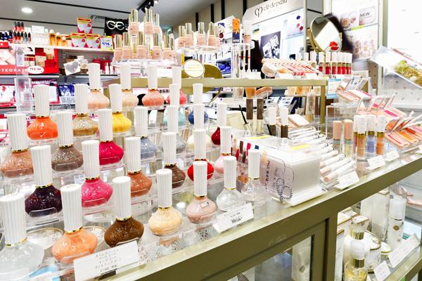 @cosme store 上野マルイ店美容部員・化粧品販売員(ビューティーカウンセラー)正社員の求人の店内写真4
