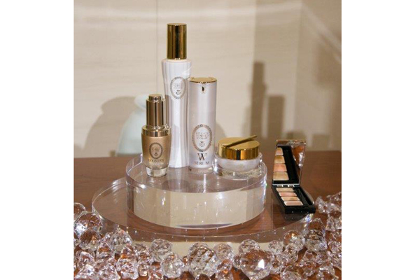 FTC AOYAMA(エフティーシー アオヤマ)美容部員・化粧品販売員(ビューティーコンシェルジュ)契約社員,正社員の求人のサービス・商品写真3