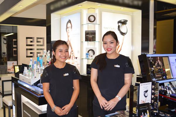 そごう 横浜店美容部員・化粧品販売員(『シャネル』など化粧品カウンター ビューティーアドバイザー)契約社員の求人の写真