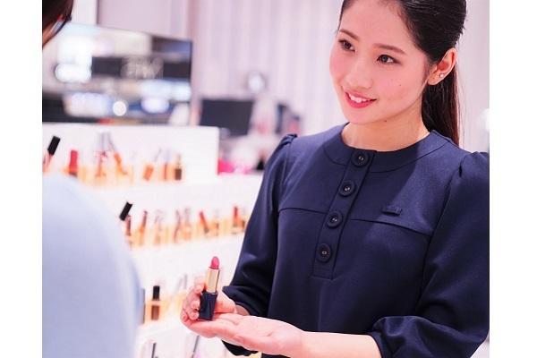 イセタン ミラー メイク&コスメティクス ルミネ新宿店美容部員・BA(ビューティーカウンセラー)正社員の求人の写真