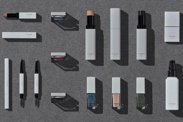 FIVEISM×THREE LUCUA OSAKA ※11月12日 NEW OPEN美容部員・BA契約社員の求人のサービス・商品写真3