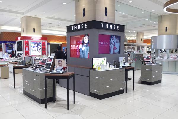 THREE 札幌ステラプレイス店美容部員・BA(クリエイター)契約社員の求人の店内写真1