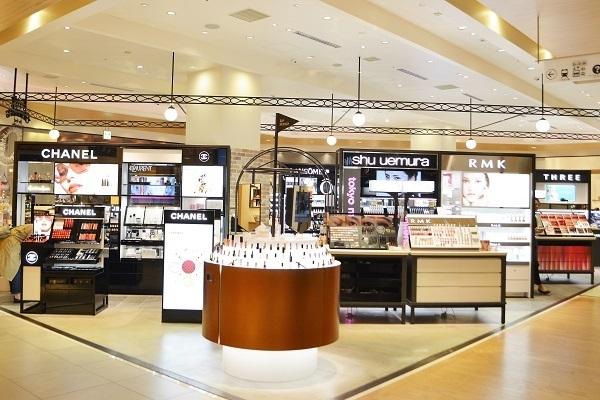 フルーツギャザリング 姫路店 ※2019年9月NEW OPEN美容部員・BA(販売スタッフ)契約社員の求人の店内写真2