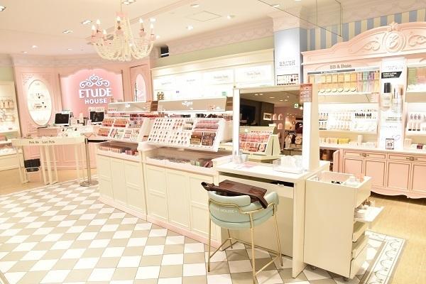 ETUDE HOUSE 舞浜エリア新店 ※3月 NEW OPEN美容部員・BA(エチュードハウス★コスメアドバイザー)正社員の求人の店内写真2