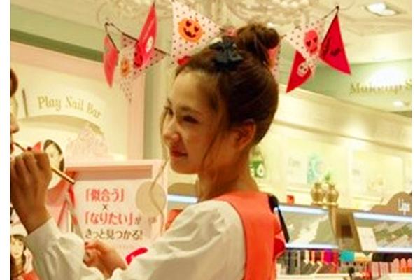 ETUDE HOUSE 原宿・竹下通り本店美容部員・化粧品販売員(エチュードハウス専属メイクアップアーティスト)正社員,契約社員の求人のスタッフ写真2