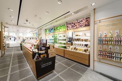 東京エリア店舗(NEWOPEN)美容部員・化粧品販売員(『イニスフリー』販売スタッフ・マネージャー・サブマネージャー)契約社員,正社員の求人の写真
