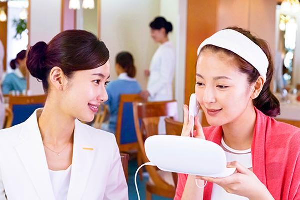モイスティーヌ渋谷サロン受付・フロントアルバイト・パートの求人のスタッフ写真5