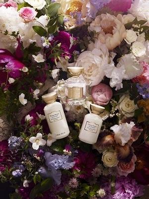 Flora Notis JILL STUART 渋谷ヒカリエShinQs店美容部員・化粧品販売員(ショップ運営責任者・サブ責任者・スタッフ)契約社員の求人のサービス・商品写真4