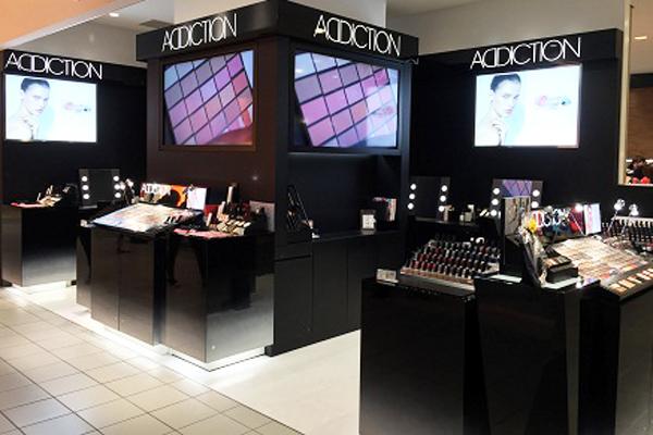ADDICTION 東京エリア百貨店美容部員・化粧品販売員(パーソナルアドバイザー【1】契約社員【2】アルバイト(学生))契約社員,アルバイト・パートの求人の店内写真1