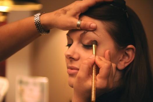 12月13日(水)キャリアアップ講座/メイクアップアーティスト編(Dior、シャネル、NARS等)