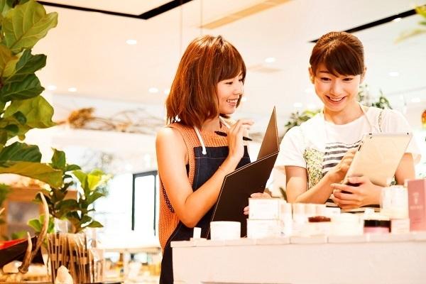 経験を活かして店長やチーフへ!美容部員キャリアアップ求人特集の画像
