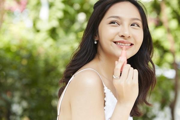 九州・沖縄エリアの美容部員求人特集の画像