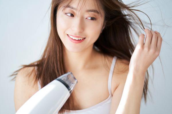 ツヤ髪・ツヤ肌へ♡ ヘア・ボディケアコスメの美容部員求人特集の画像