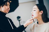 メイク大好き★ メイクアップブランドで働く美容部員の求人特集の画像