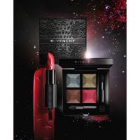 ジバンシイから煌めく星雲をイメージした、赤と黒の世界の秋コレクション/ジバンシイ