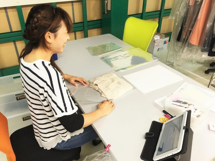 【未経験者歓迎】オンラインレンタルドレスの生産管理アルバイトを募集!の求人の画像