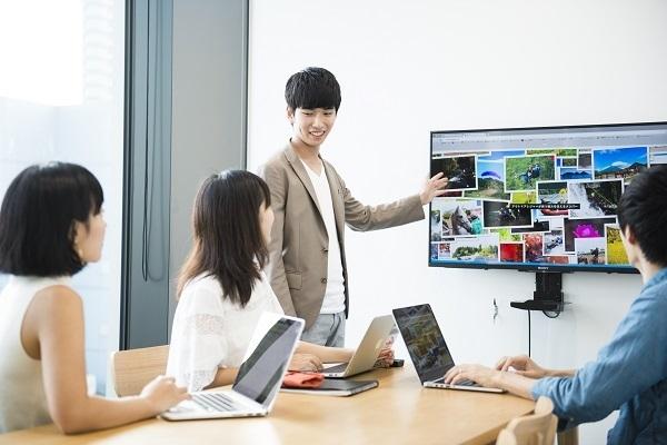 目黒駅徒歩3分・アットホーム♪予約管理システムの導入サポート事務スタッフ募集の求人の画像